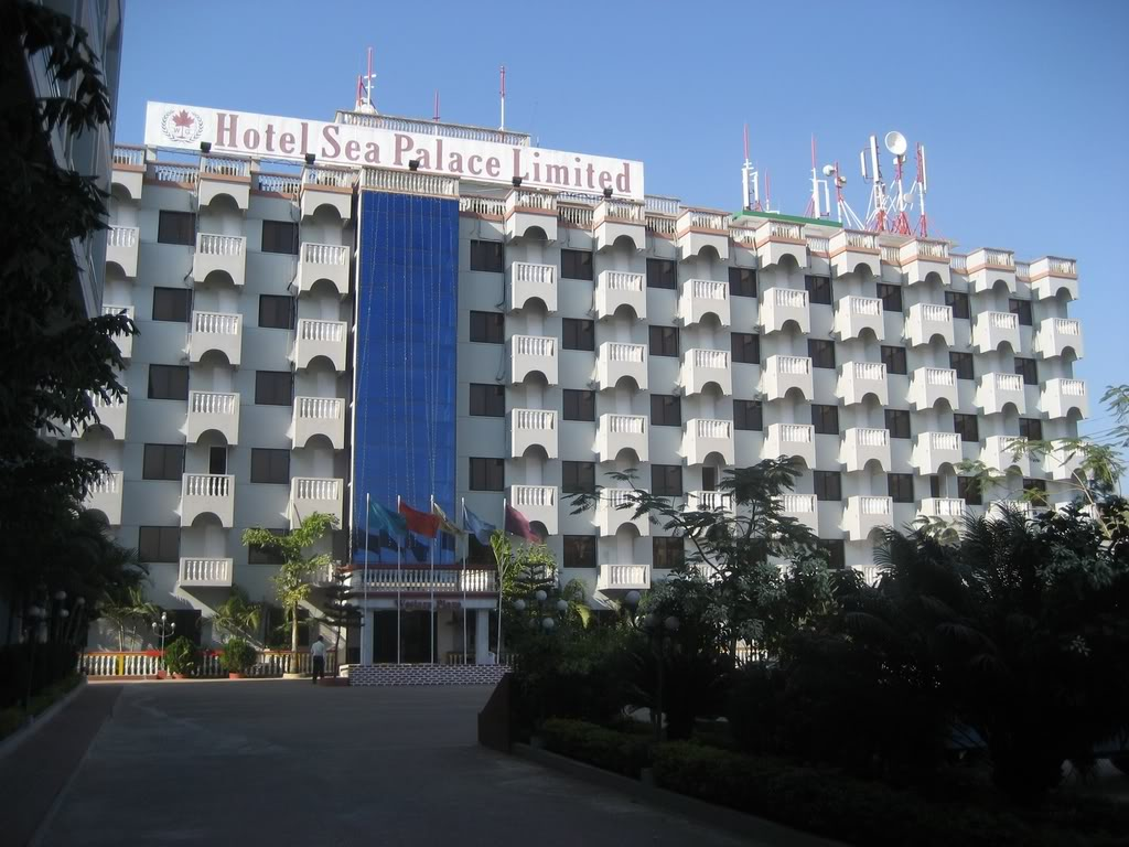 Cox 39 s bazar hotels for 1801 avenue of the stars 6th floor